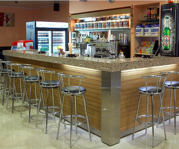 Професионален баров модул с декорация Фурнир